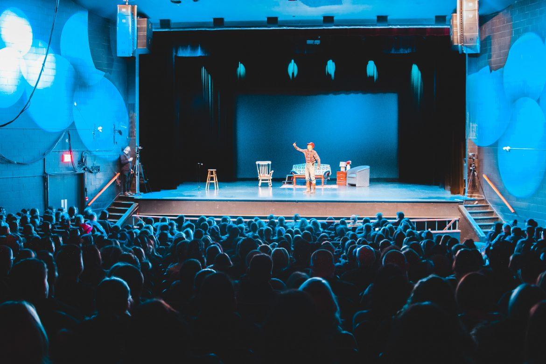 Kindertheater als onderwijs- en entertainmentfaciliteit