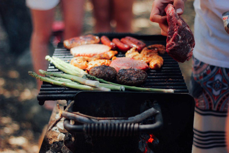 Een paar tips voor bestelling BBQ-vleesrokerkits